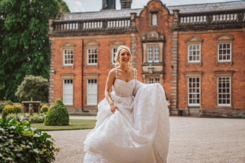 The Courtyard (photo by Capture My Big Day)