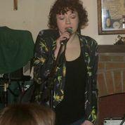 Eve singing
