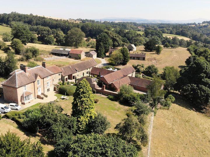 Old Downton Lodge 23