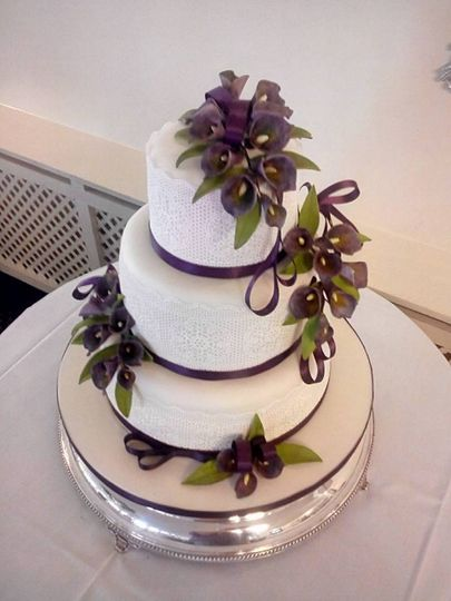 Traditional tiered cakes