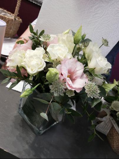 Flower arangement for a weddin