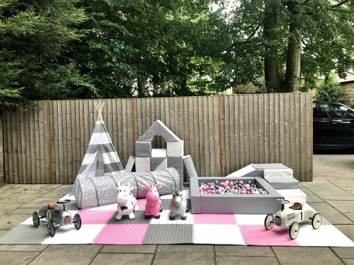 Outdoor set up