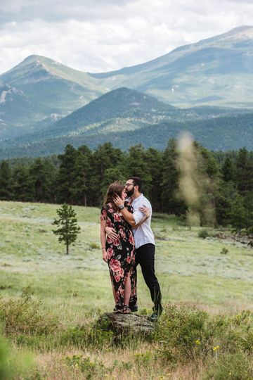 A tender moment - Thistle + Stone Photography