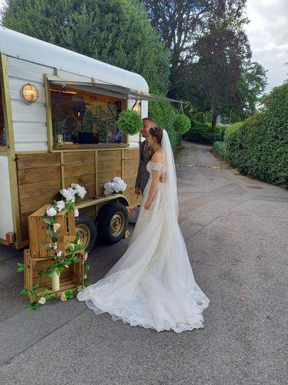 Cotinis at a wedding