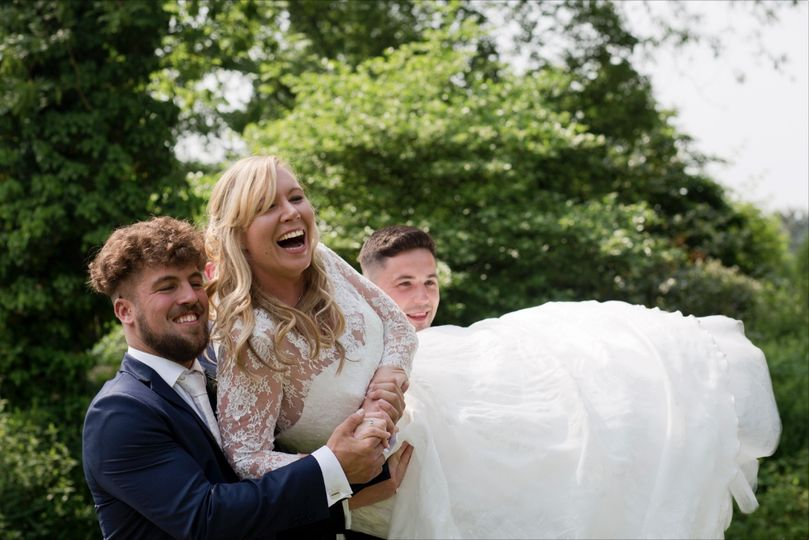 Vikki Asker Wedding Photography - Unobtrusive approach