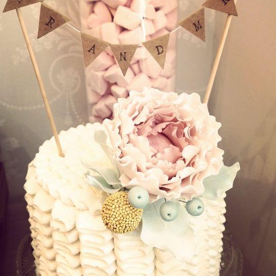 Frilly buttercream cake