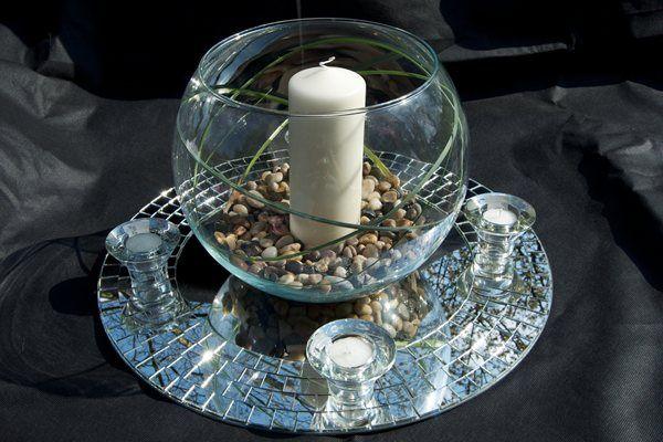 Centrepiece with tiny stones