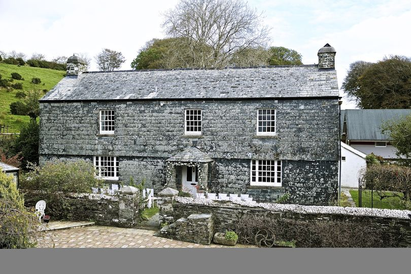 Ta Mill house with outdoor ceremony area