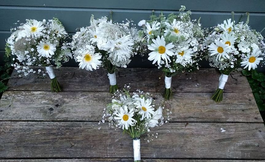 White Bridesmaid posies