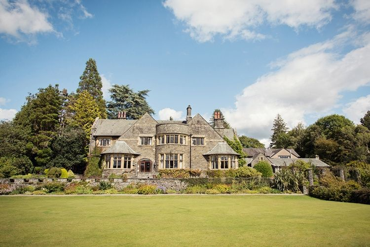 Cragwood Country House in all it's splendour