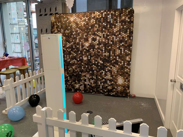 Selfie Pod with shimmer wall