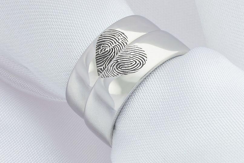 heart fingerprint wedding rings hitched 4 164087 162558029262886