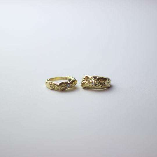 Unique gold wedding rings