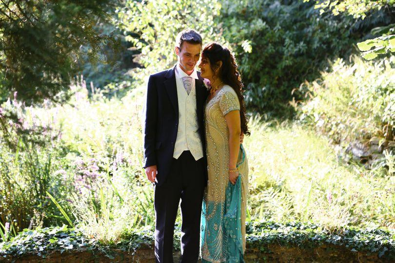 Beautiful newlyweds - Your Wedding Filmed