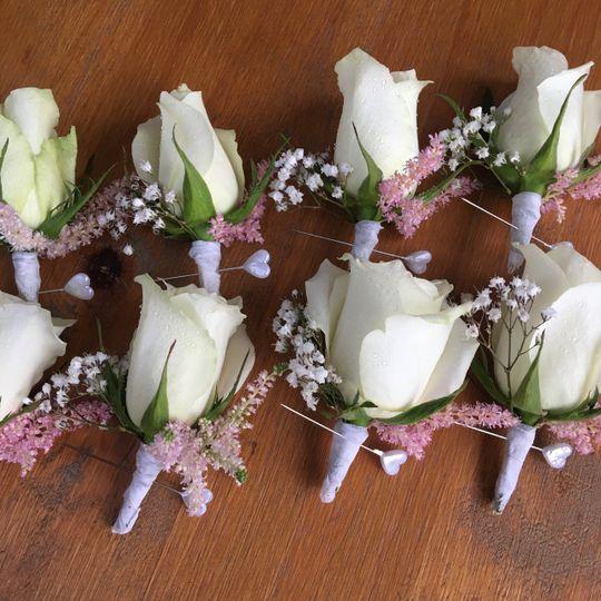 Feminine  buttonholes