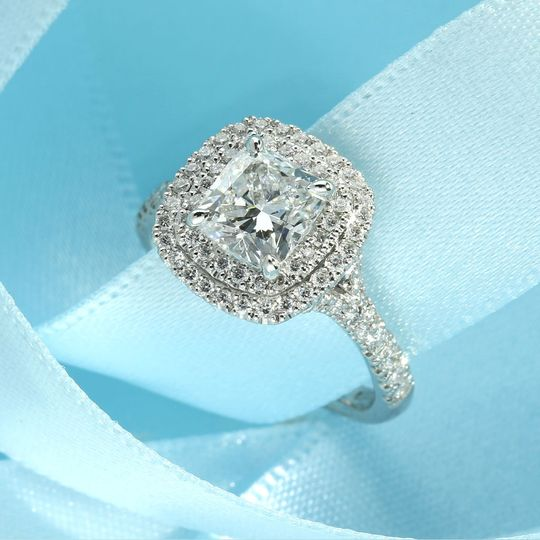 cushion cut lab grown diamond engagement ring 4 274201 159545749672164
