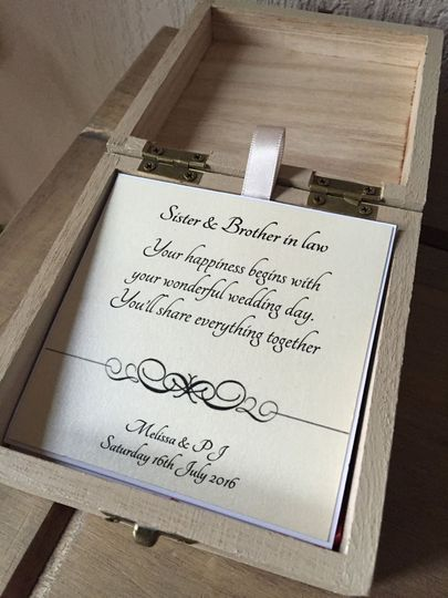 Wedding box with pop up card