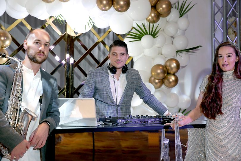 DJ, SAX & VIOLIN
