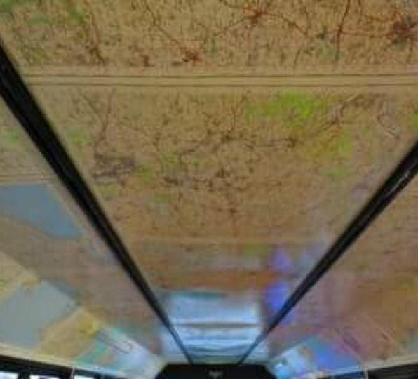 Mapped ceiling in bus