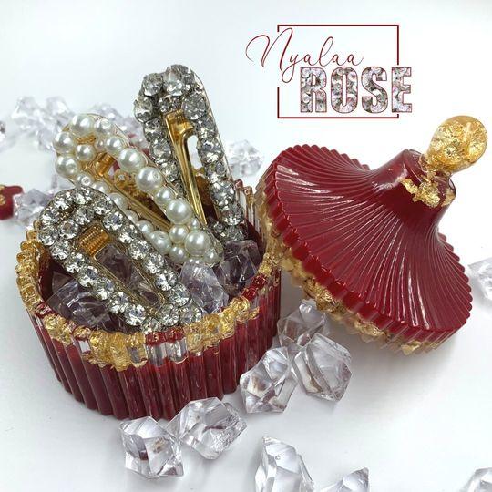 Luxury wedding hair clips