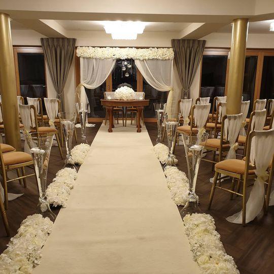 Ceremony & Aisle Decor