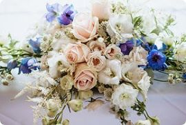The wedding and event works flowers