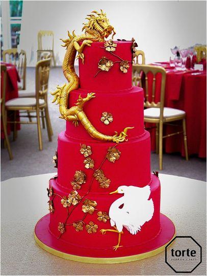 Chinese dragon wedding cake