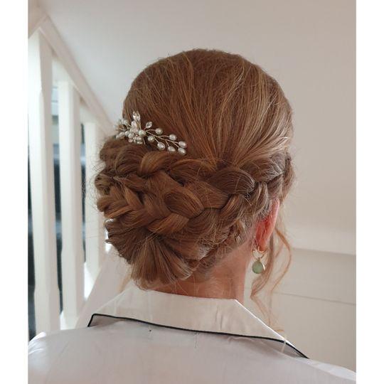 Beauty, Hair & Make Up Avasa 3