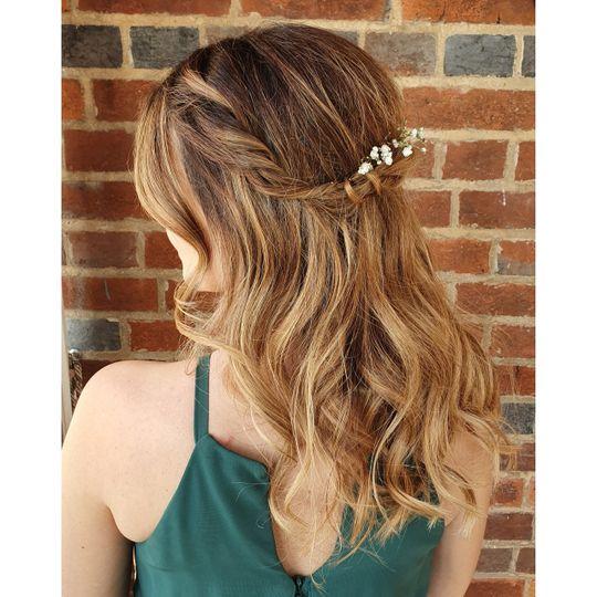 Beauty, Hair & Make Up Avasa 4