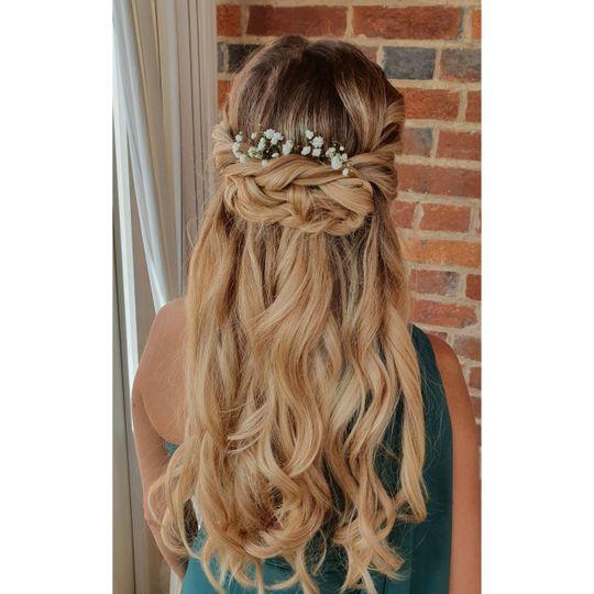 Beauty, Hair & Make Up Avasa 10