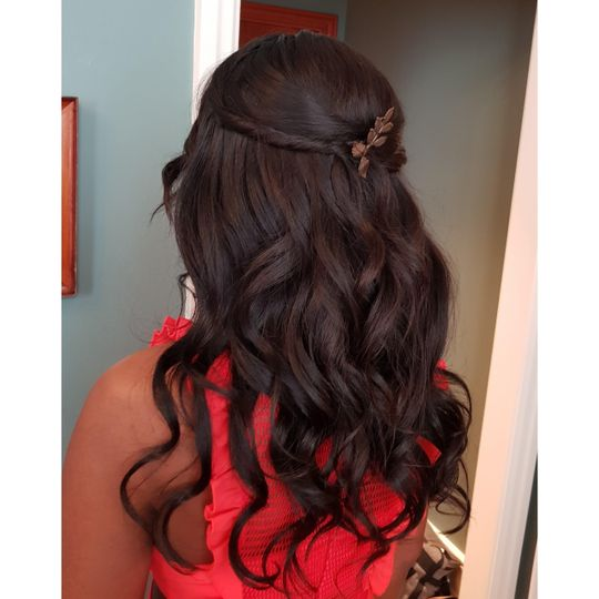 Beauty, Hair & Make Up Avasa 24