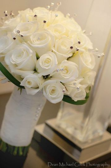 White compact roses