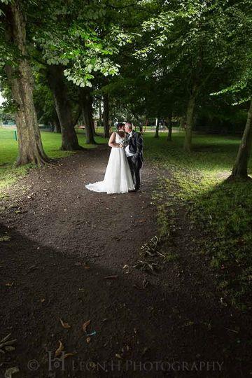 Leon H Photography - Woodland wedding