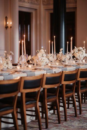 Modern timeless wedding decor