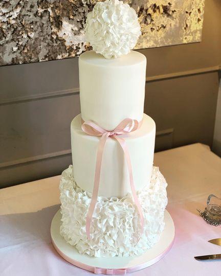 Cakes Icing Elegance 34