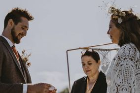 Romantic, Inclusive Celebrant Ceremonies