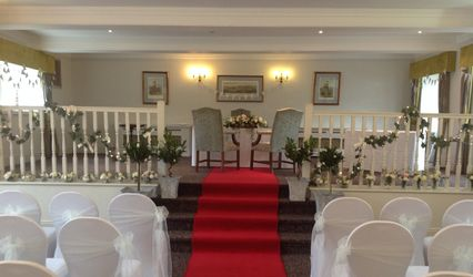 Make it Perfect -  Wedding Hire and Venue Dressing 1