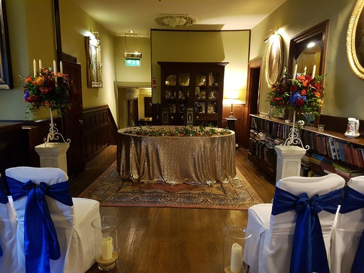 Gallery - Ceremony Table