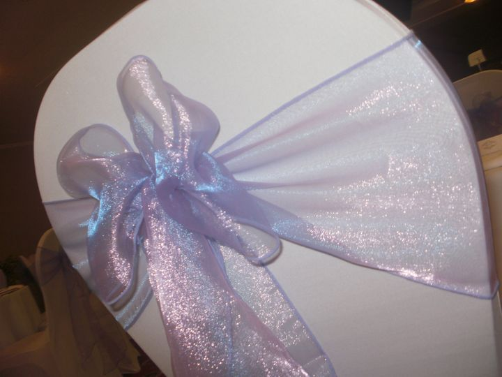 White covers/lilac sash