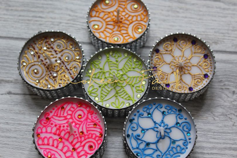 Colourful tealights