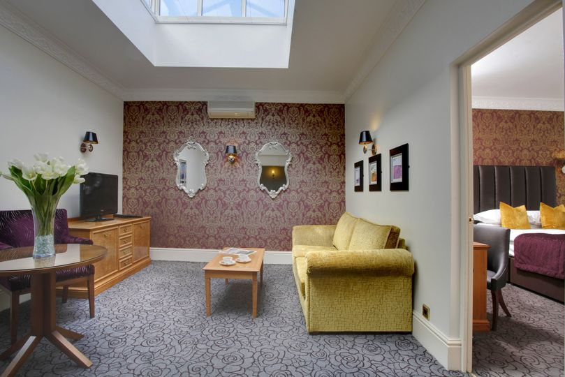 Internal Suite