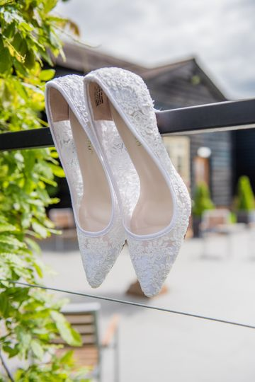 Herts Wedding Photography - Outfit details