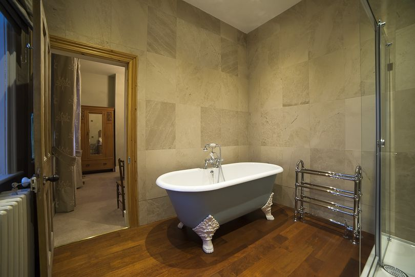 The Orchard Ensuite