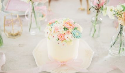 Iced Delights Cakes