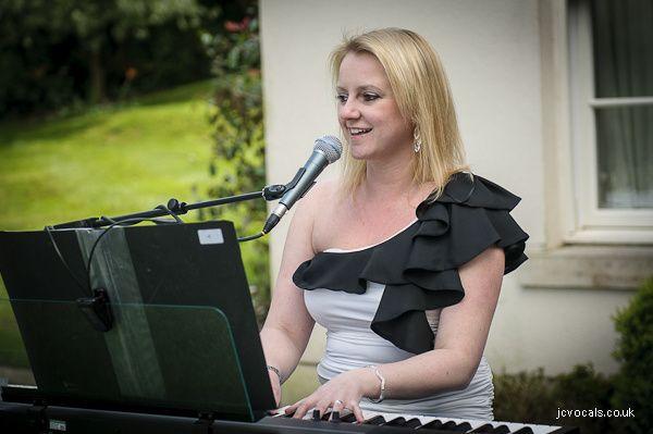 wedding music at alexander house hotel 4 94597