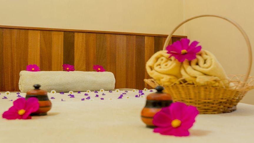 Romantic getaways & honeymoons