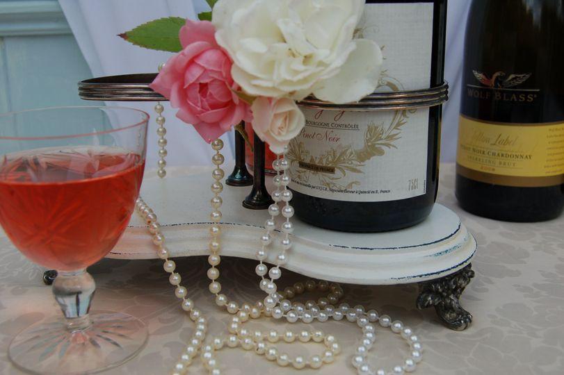 Trefoil for wine