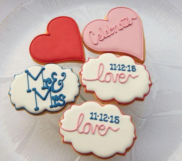 Love cookie platter