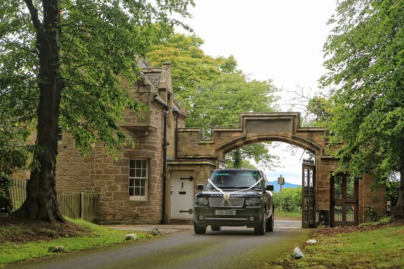 Arriving at Carberry Tower