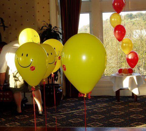 Dancing balloons